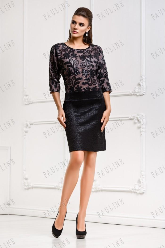 Короткое платье с кружевом черного цвета АККОРД