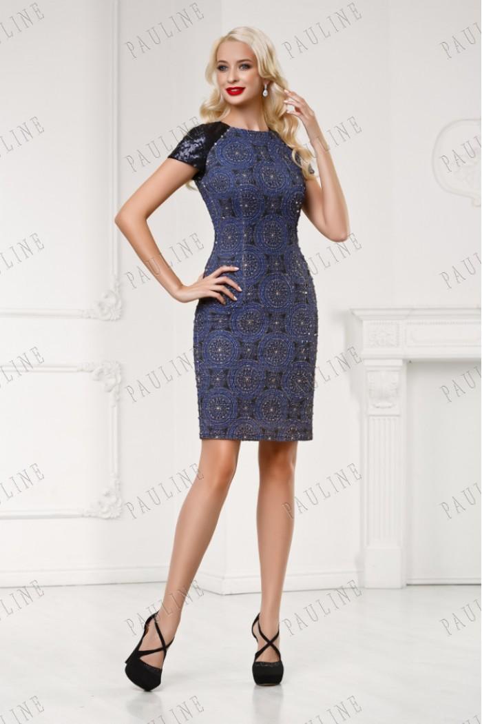 Короткое коктейльное платье из мягкого трикотажа ЭМБИЕНТ