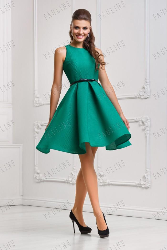 Приталенное пышное платье