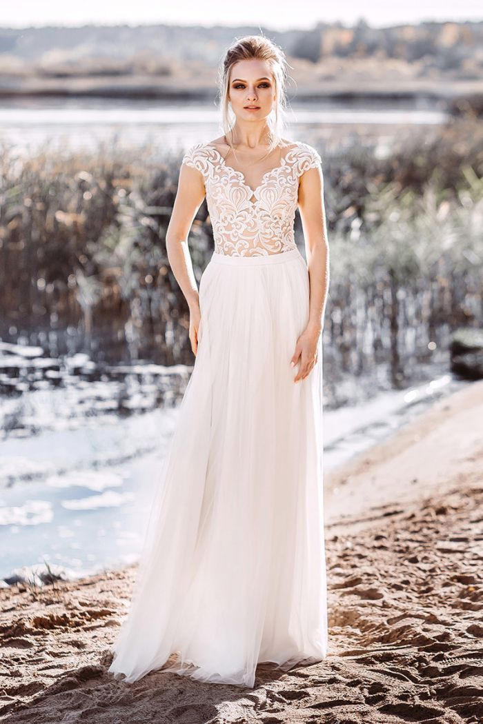 Нежное свадебное платье с прямой юбкой в стиле рустик АДЕЛЬ