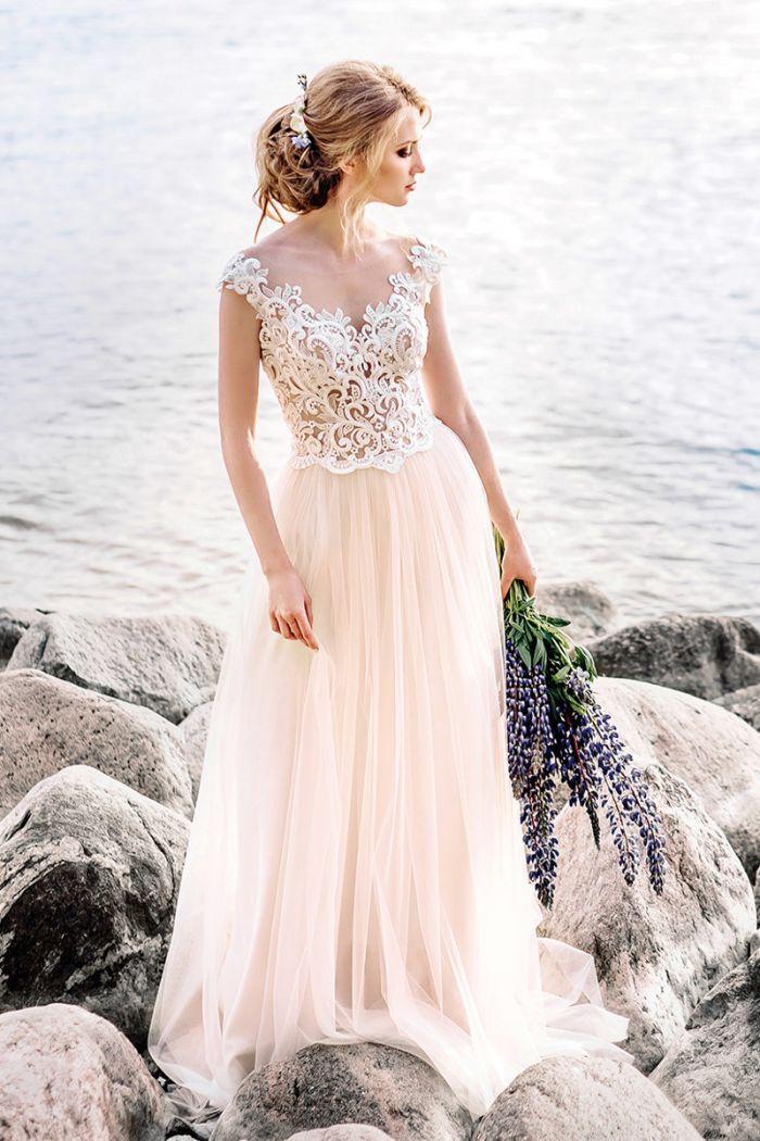 Разрушающее стереотипы свадебное платье в этно-стиле ЛОРЕТТА
